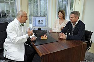 dr_hoeller_patienten_fotomanfredesser_422_ret-kopie